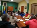 VALSEQUILLO ACUERDA CON LAS COMISIONES REDUCIR LAS FIESTAS DE LOS BARRIOS