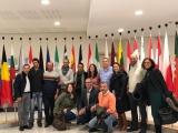 VECINOS DE VALSEQUILLO VISITAN EL PARLAMENTO EUROPEO PARA CONSEGUIR NUEVAS LÍNEAS SE SUBVENCIÓN