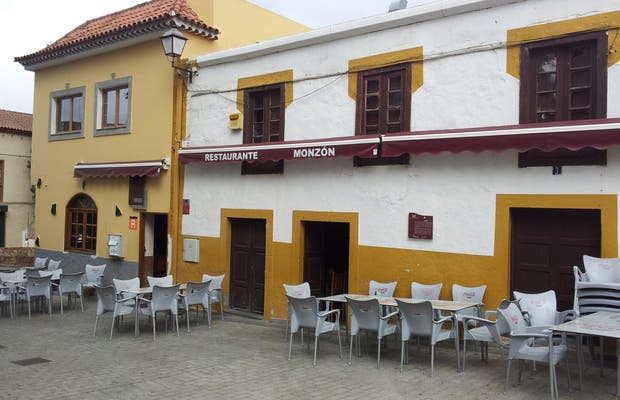 Terraza de un restaurante en Valsequillo Casco