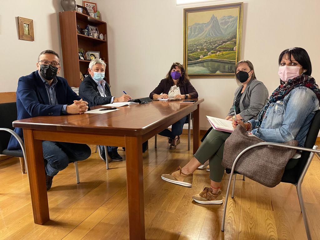 """Featured image for """"La consejera de Vivienda del Cabildo visita Valsequillo para concretar los proyectos en materia de vivienda"""""""